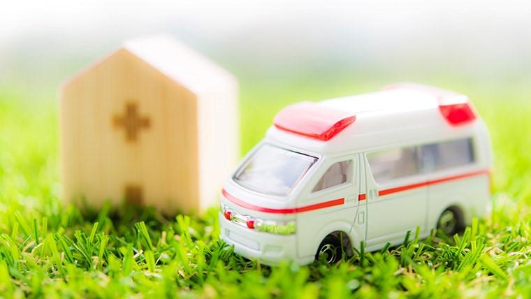 交通事故後のむち打ちで保険会社に治療費の支払いを打ち切られたら?